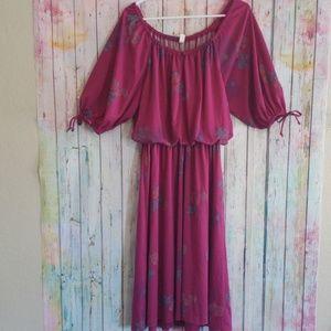 Dresses & Skirts - Vintage off the shoulder boho maxi dress